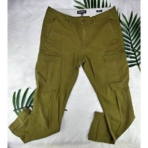 J. Crew | Men's Straight Cargo Pant Herringbone